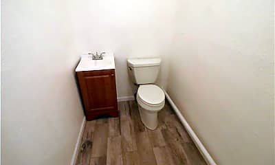 Bathroom, 1915 S Staples St, 2