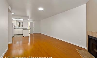 Living Room, 3102 Bagley Ave, 1