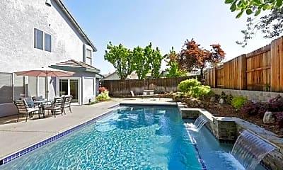 Pool, 5101 Foxmoor Ct, 1