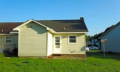 Building, 125 Live Oak Ct, 2