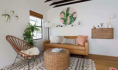 Living Room, 914 Everett St, 0