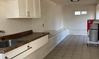 Kitchen, 92-672 Aahualii St, 0