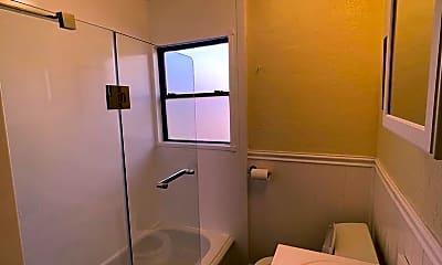 Bathroom, 830 Fifth Ave, 2