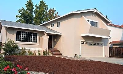 Building, 735 Calico Ct, 1