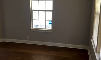 Building, 247 E 72nd St, 1