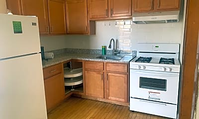 Kitchen, CMHDC Kolin, LLC 1501-1503 N. Kolin/4316-4322 W. LeMoyne, 1