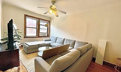 Living Room, 748 W Webster Ave, 0