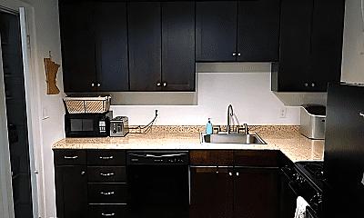 Kitchen, 908 Ashland Ave, 1