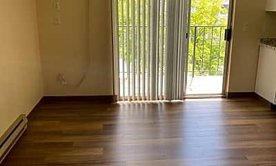 Living Room, 1016 W 8th Pl, 2
