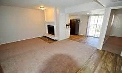 Bedroom, 1601 N Loop 288, 1