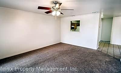 Bedroom, 906 N Bangor Ave, 1