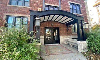 Building, 45 Lexington Pkwy S, 2