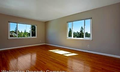 Living Room, 856 Erie St, 1