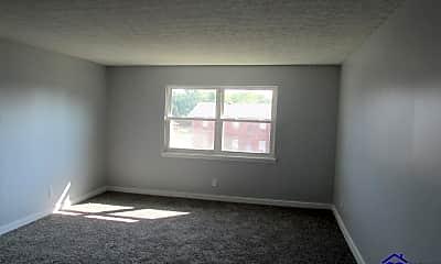 Living Room, 608 N Woodland Dr 11, 1