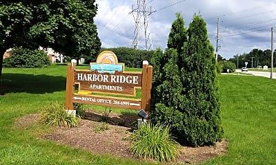 Harbor Ridge Apartments, 1