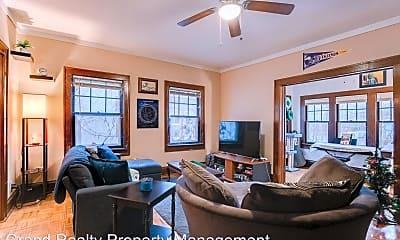 Living Room, 3225 Girard Ave S, 1
