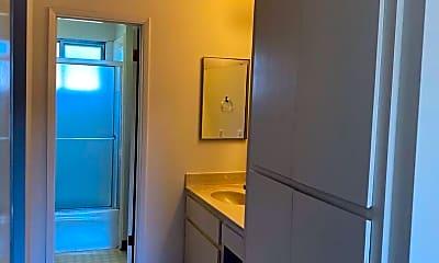 Bathroom, 2868 Homestead Rd, 2