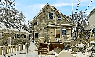 Building, 2211 E Holt Ave, 1
