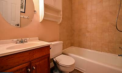 Bathroom, 517 Germantown Ct, 2