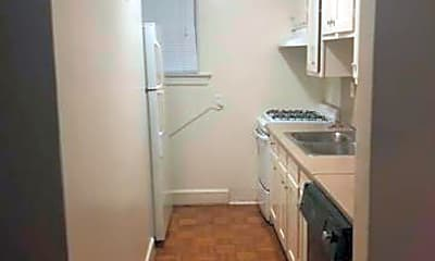 Kitchen, 4000 Hawthorne Ave 02, 2