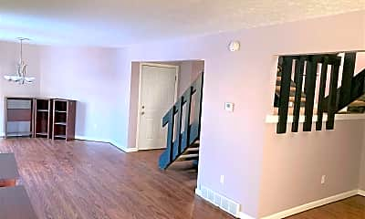 Living Room, 377 Pleasant Meadow Blvd, 1