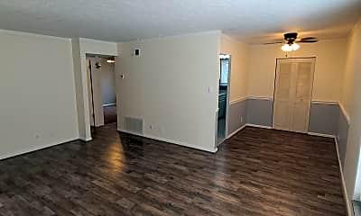 Living Room, 1501 Cowling Avenue #4, 1