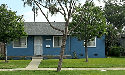 Building, 10237 Muroc St, 1