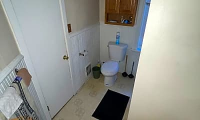 Bathroom, 330 N 16th St, 2