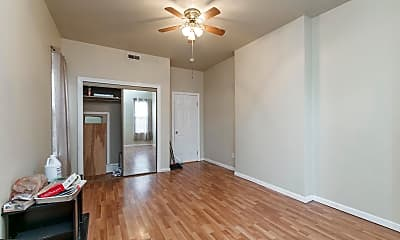 Living Room, 1514 W Westmoreland St, 2