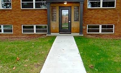 Building, 21140 Detroit Rd, 0