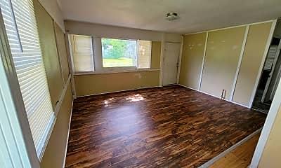 Kitchen, 5608 Kent Ave, 1