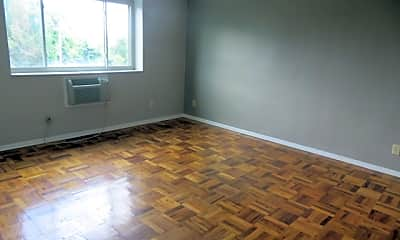 Living Room, 228 McKnight Cir, 1