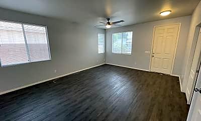 Living Room, 9366 E. Kiva Ave, 1
