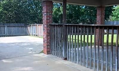 618 Ridge Park Dr, 1