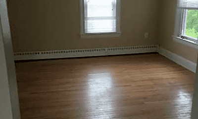 Bedroom, 18 Knollwood Rd, 2