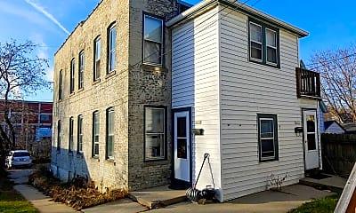 Building, 2463 N Bartlett Ave, 2