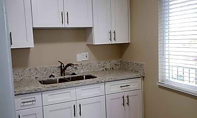 Kitchen, 5729 California Ave, 0