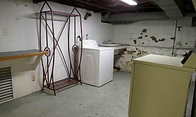 Bedroom, 663 Locust St, 2