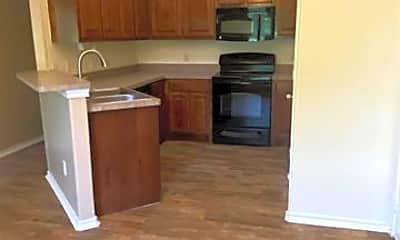 Kitchen, 747 Tolson Ave, 1