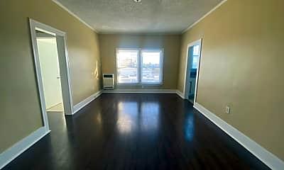 Living Room, 3350 San Marino St, 1