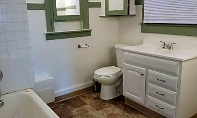 Bathroom, 2301 W Pacific Ave, 1