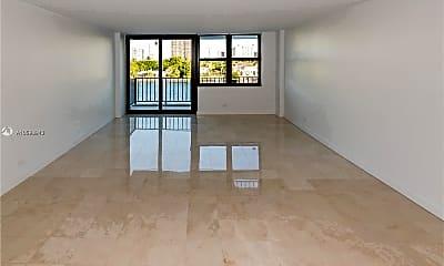 Living Room, 10101 E Bay Harbor Dr, 1
