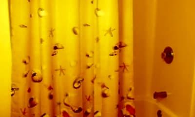 Bathroom, 1301 West Ave, 2