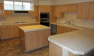 Kitchen, 324 Wild Plum Ln 0, 1