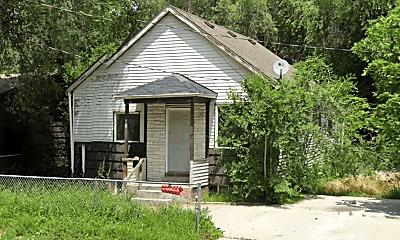Building, 174 E 700 S, 0