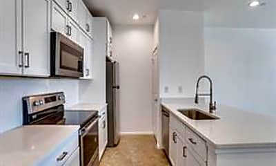 Kitchen, 3275 Dallas St 302, 1