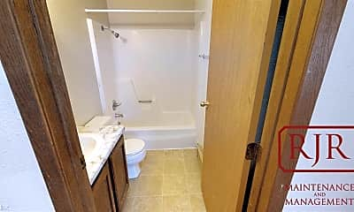 Bathroom, 1210 3rd St NE, 2