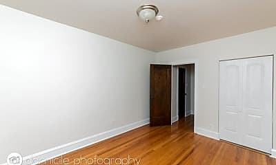 Bedroom, 3115 W Foster Ave, 2