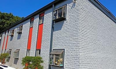 Barton Ridge Apartments, 1