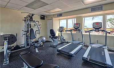 Fitness Weight Room, 5005 Collins Ave 610, 2